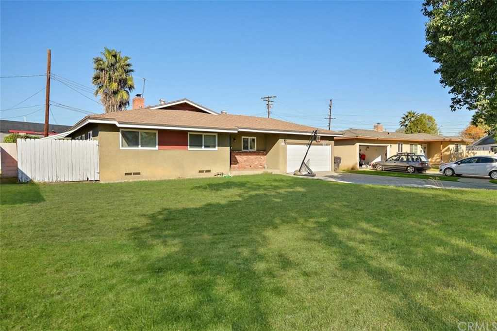 $379,000 - 3Br/2Ba -  for Sale in Riverside