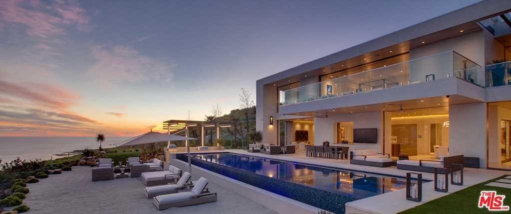 $49,995,000 - 5Br/7Ba -  for Sale in Malibu