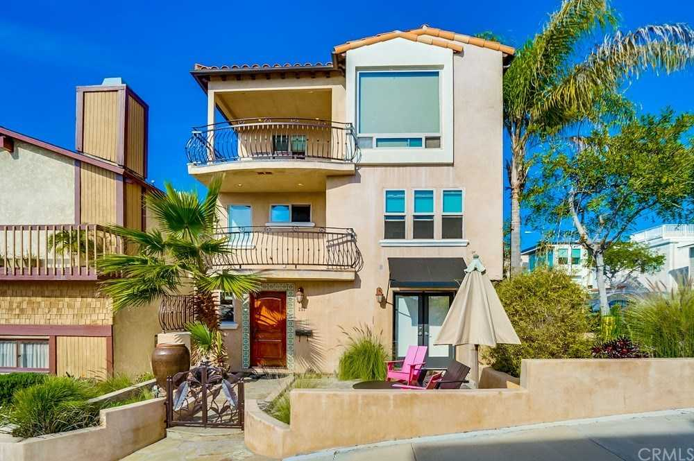 233 30th Street Manhattan Beach, CA 90266