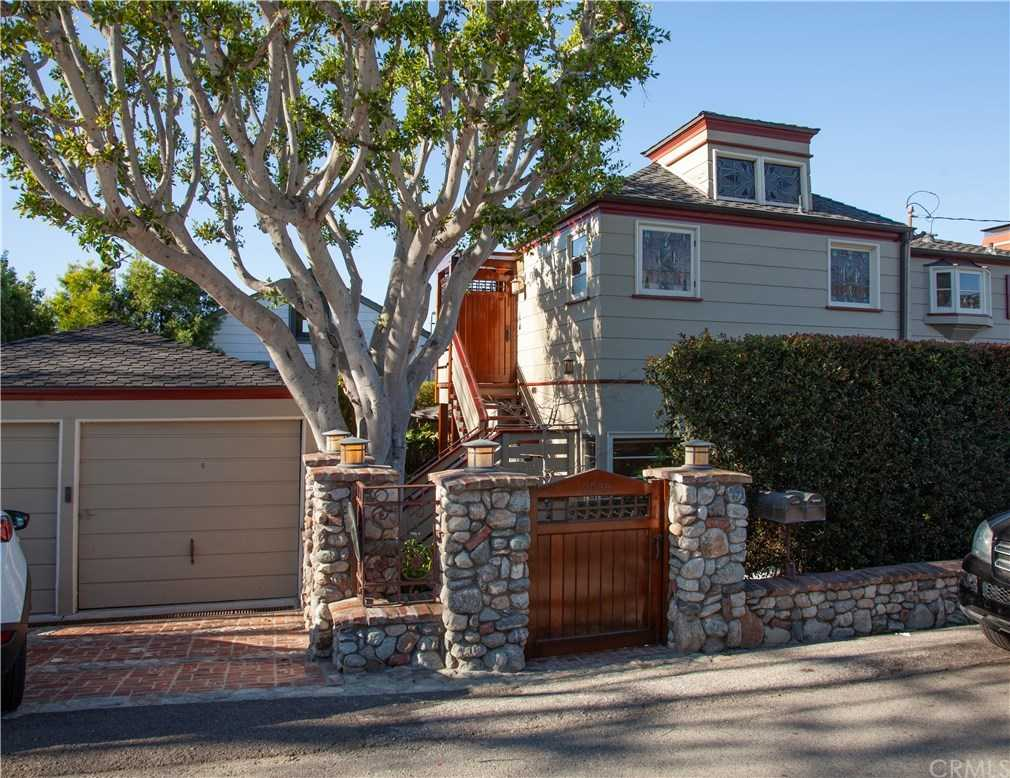 $2,250,000 - 3Br/3Ba -  for Sale in Woods Cove (wc), Laguna Beach