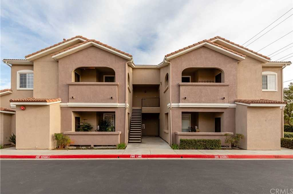 $229,900 - 1Br/1Ba -  for Sale in Murrieta