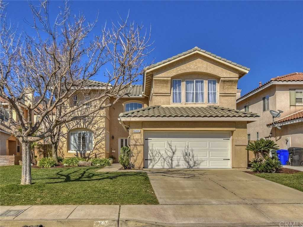 $590,000 - 4Br/3Ba -  for Sale in Fontana