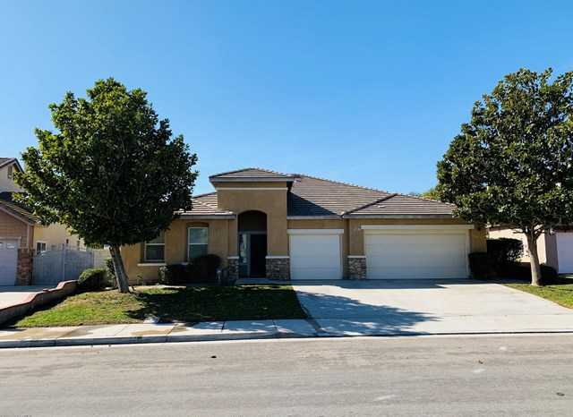 $559,000 - 4Br/3Ba -  for Sale in Other, Corona