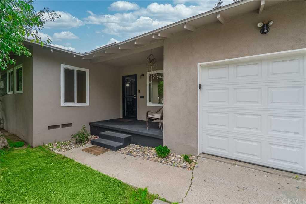 $319,999 - 2Br/1Ba -  for Sale in Riverside