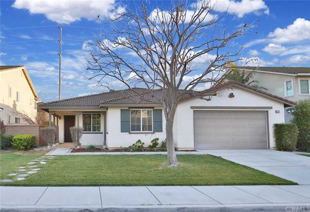 $568,888 - 4Br/2Ba -  for Sale in Eastvale