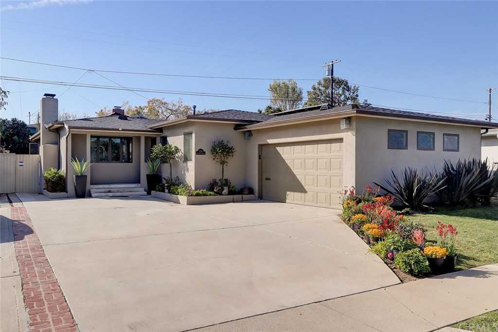 $1,149,000 - 3Br/2Ba -  for Sale in Hawthorne