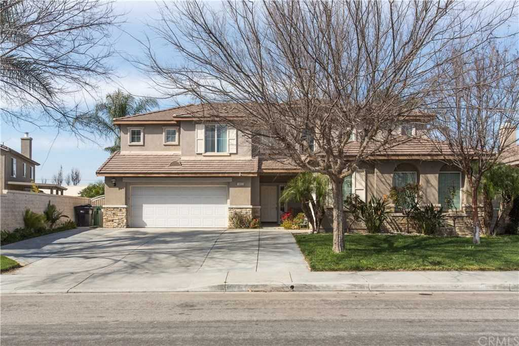 $670,000 - 6Br/3Ba -  for Sale in Eastvale