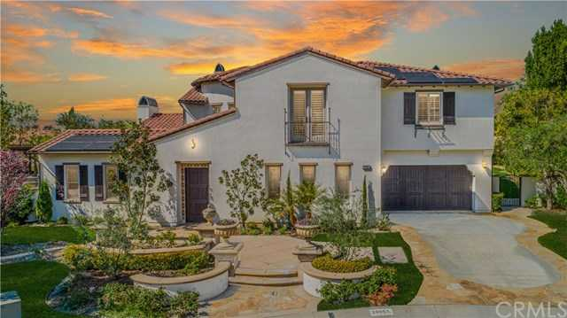 25051 Farrier Circle Laguna Hills, CA 92653