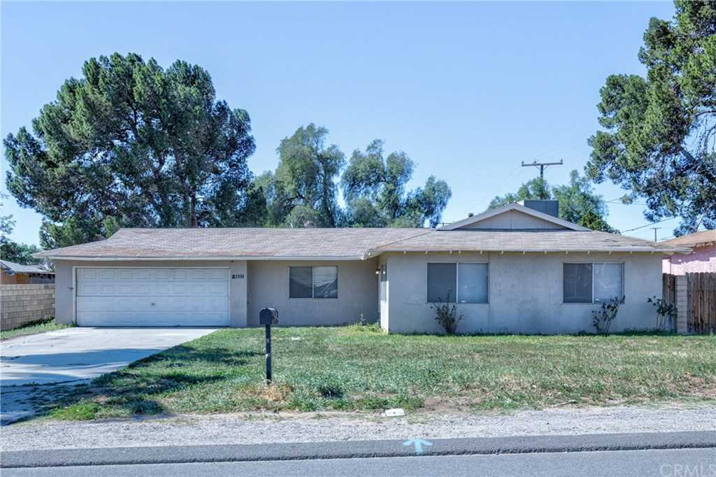 4233 Tyrolite Street Riverside, CA 92509