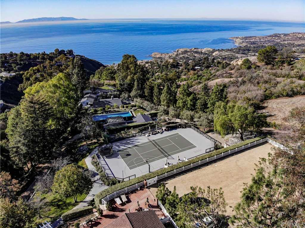$16,500,000 - 5Br/5Ba -  for Sale in Rolling Hills