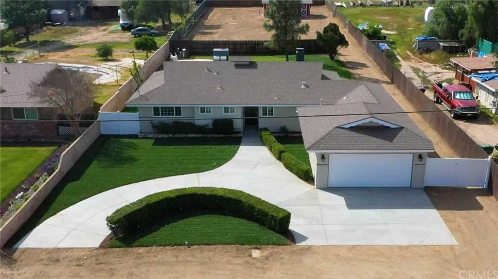 3694 Sierra Avenue Norco, CA 92860