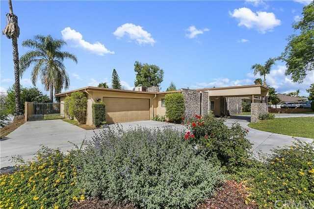 1156 Lyndhurst Drive Riverside, CA 92507