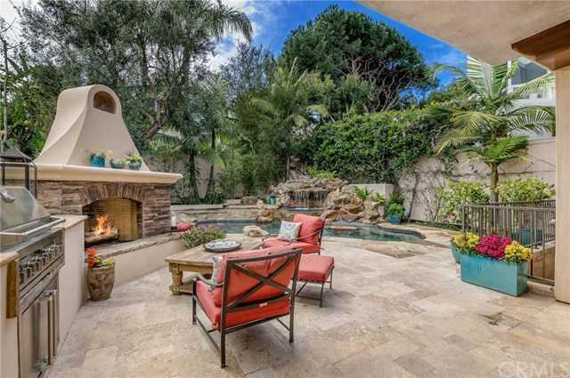 $4,723,000 - 5Br/6Ba -  for Sale in Manhattan Beach