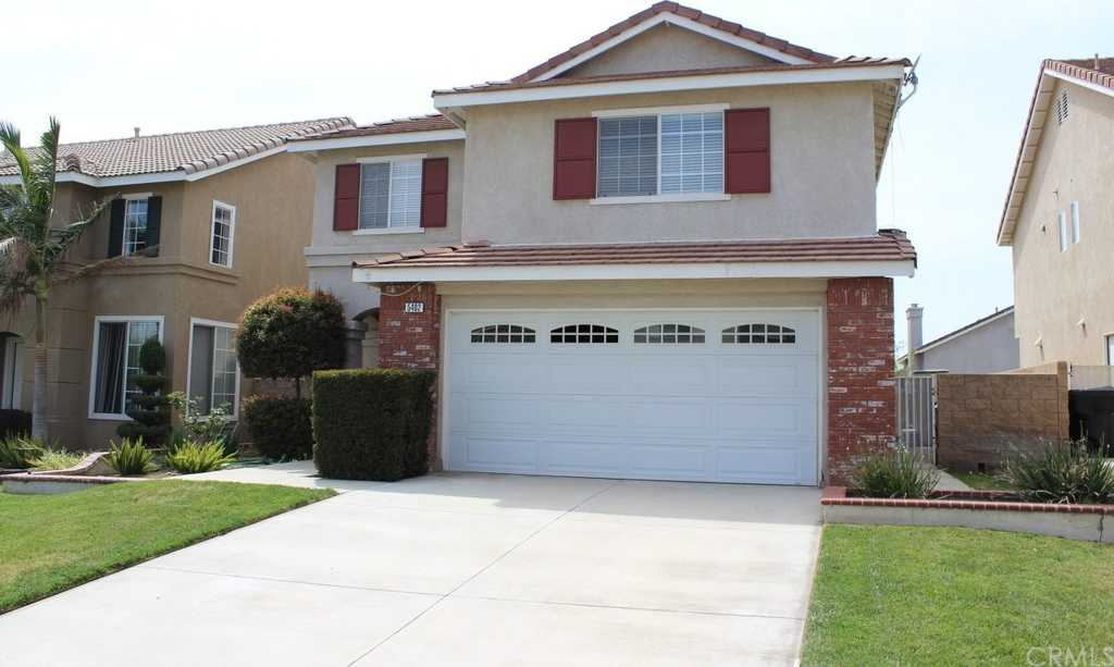 $479,900 - 3Br/3Ba -  for Sale in Fontana