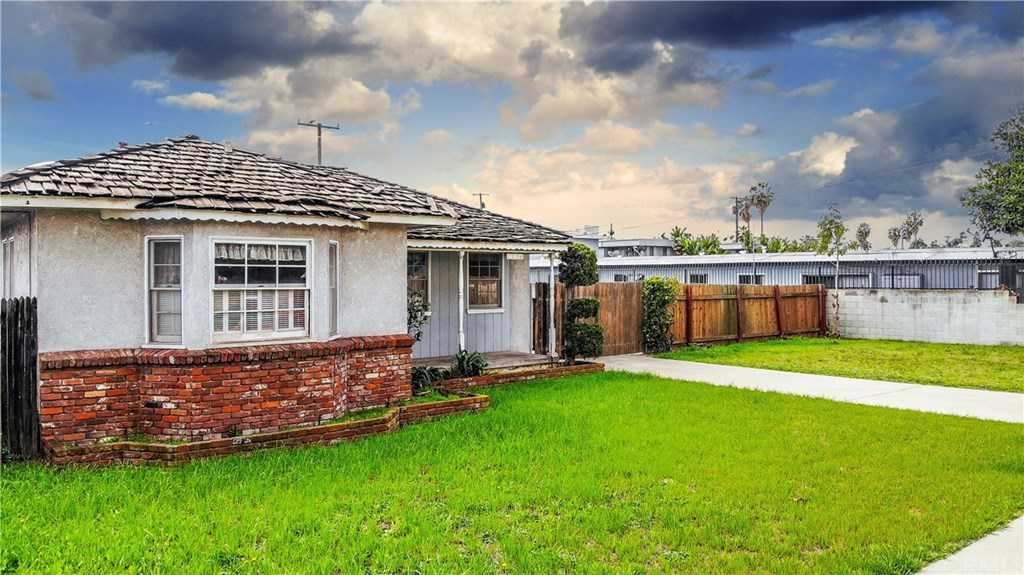 $580,000 - 3Br/2Ba -  for Sale in Torrance