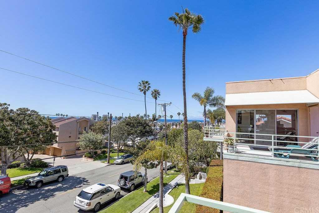 $1,175,000 - 3Br/3Ba -  for Sale in Redondo Beach