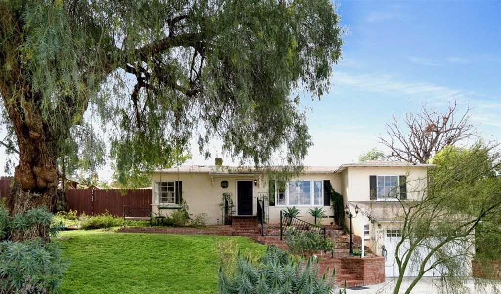 $479,900 - 3Br/2Ba -  for Sale in Riverside