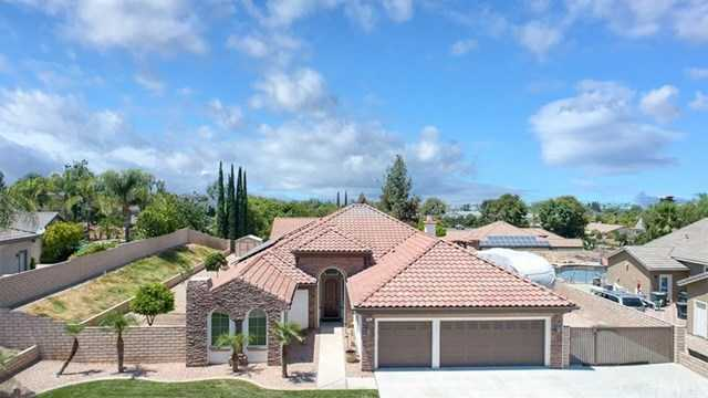 11319 Estates Court Riverside, CA 92503