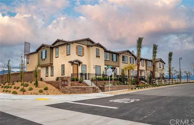 16502 Casa Grande Ave Apt 127 Fontana, CA 92336