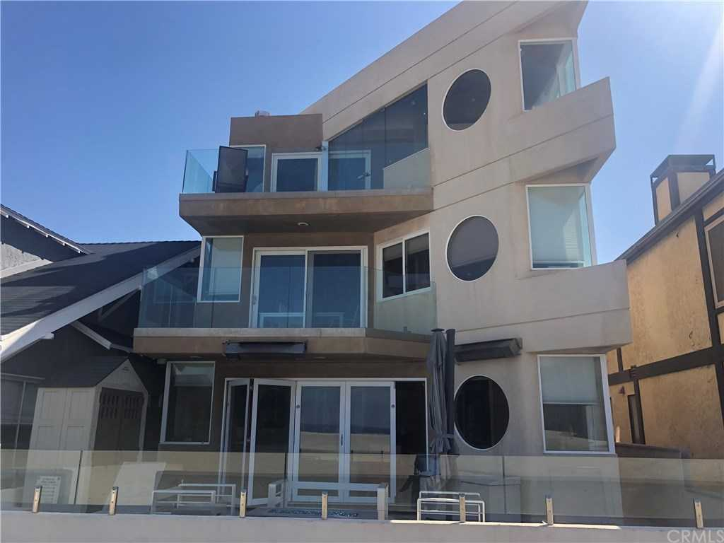 $5,100,000 - 3Br/4Ba -  for Sale in Hermosa Beach