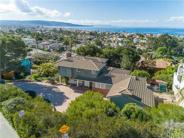 $9,750,000 - 4Br/3Ba -  for Sale in Hermosa Beach