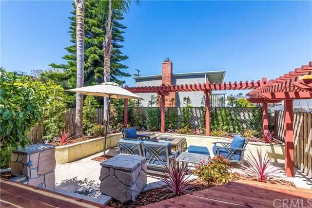 $1,499,000 - 3Br/3Ba -  for Sale in Hermosa Beach