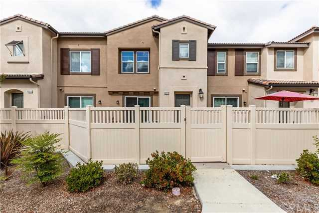 $379,900 - 3Br/3Ba -  for Sale in Temecula