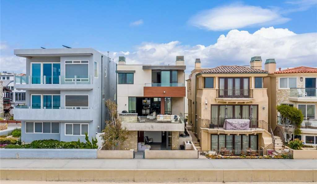$35,000 - 3Br/4Ba -  for Sale in Hermosa Beach