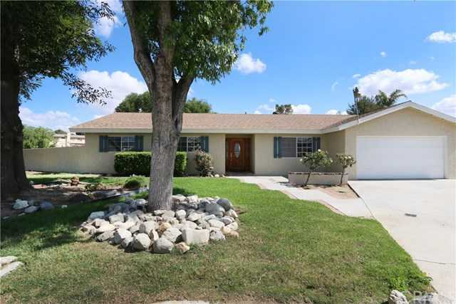 $600,000 - 4Br/2Ba -  for Sale in Norco