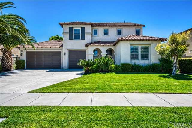 $640,000 - 4Br/3Ba -  for Sale in Eastvale