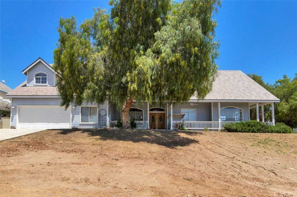 $895,000 - 5Br/5Ba -  for Sale in Winchester