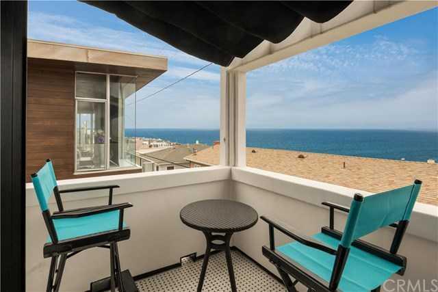 $2,899,999 - 4Br/4Ba -  for Sale in Manhattan Beach