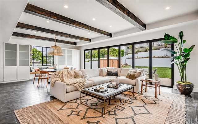 $4,895,000 - 5Br/6Ba -  for Sale in Manhattan Beach