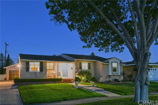 $650,000 - 5Br/3Ba -  for Sale in Other (othr), Santa Ana