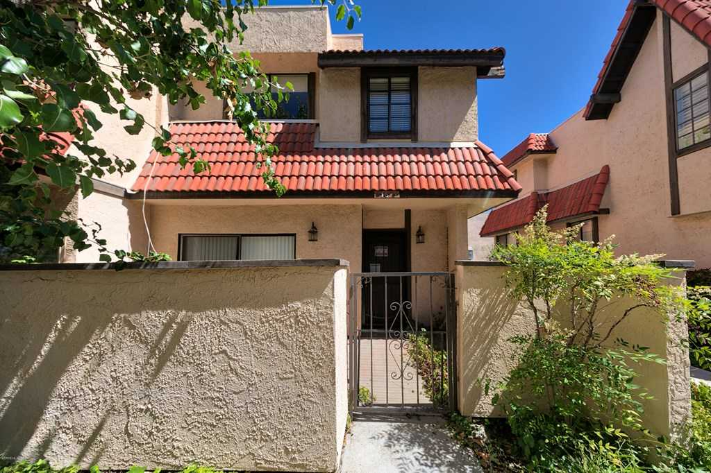 $399,950 - 3Br/3Ba - for Sale in Tres Robles - Tres, Canyon Country