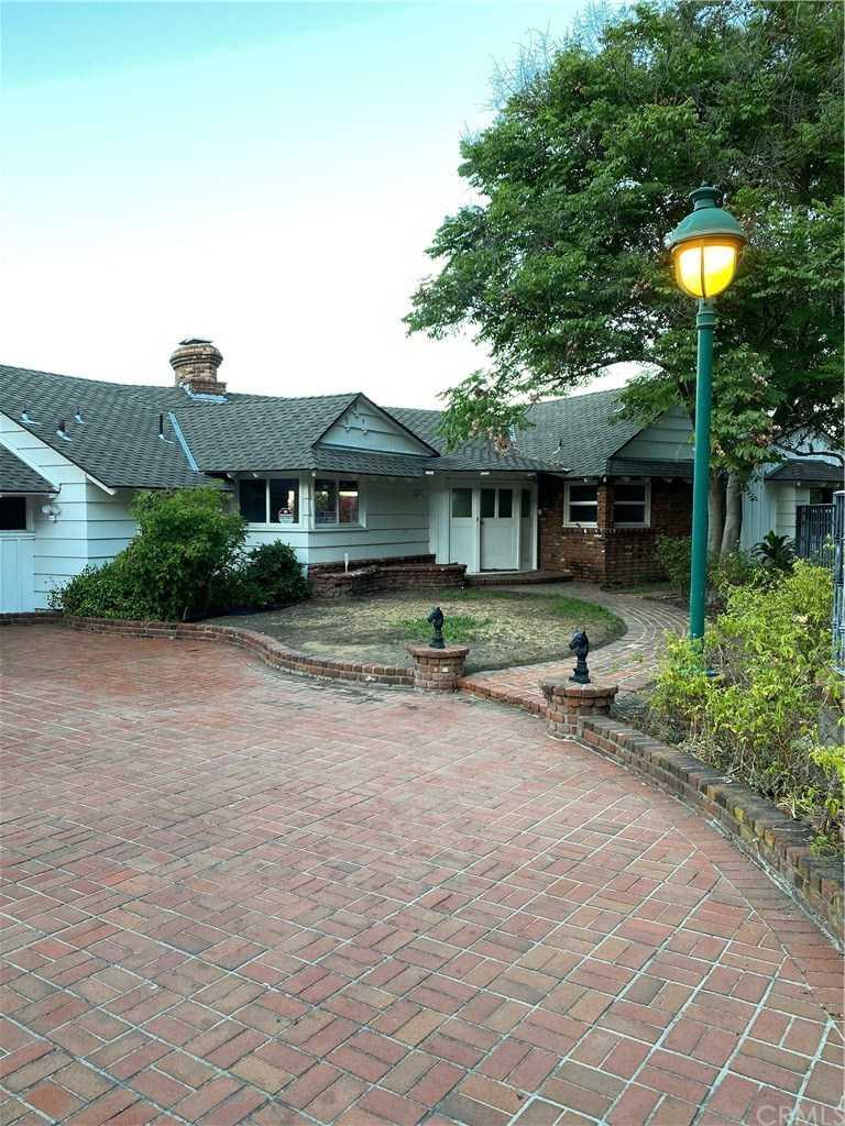 3400 Palos Verdes E Drive  Rancho Palos Verdes, CA 90275