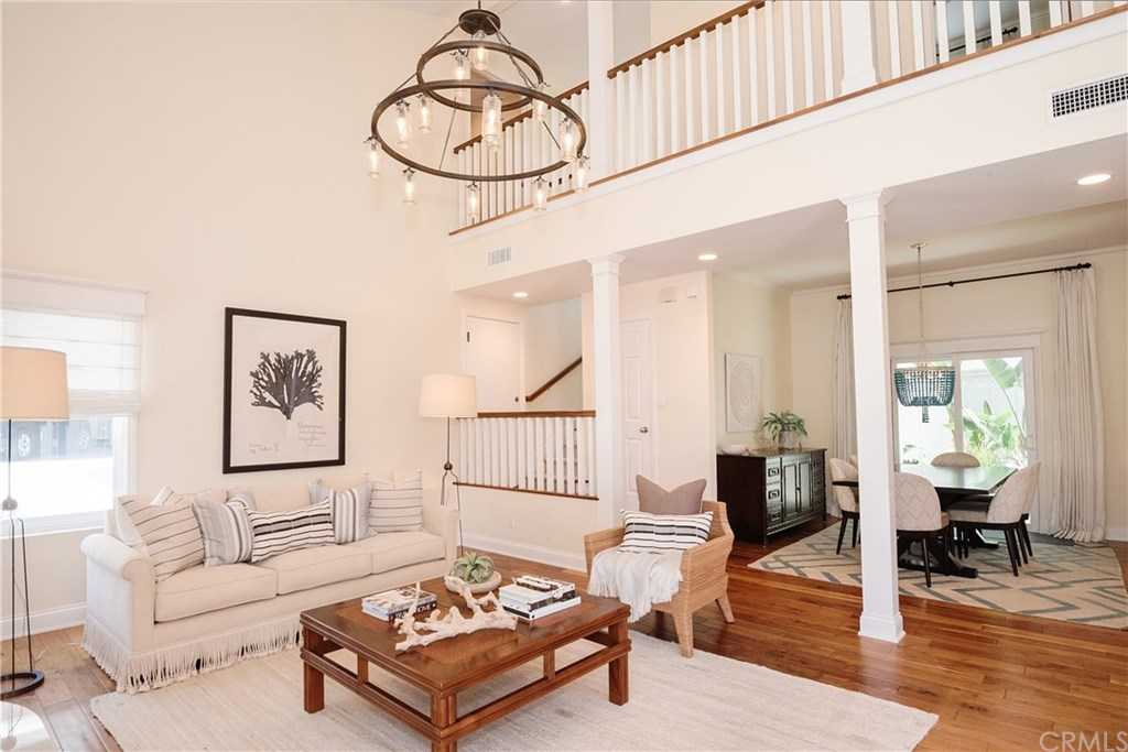 $2,499,000 - 4Br/3Ba -  for Sale in Hermosa Beach