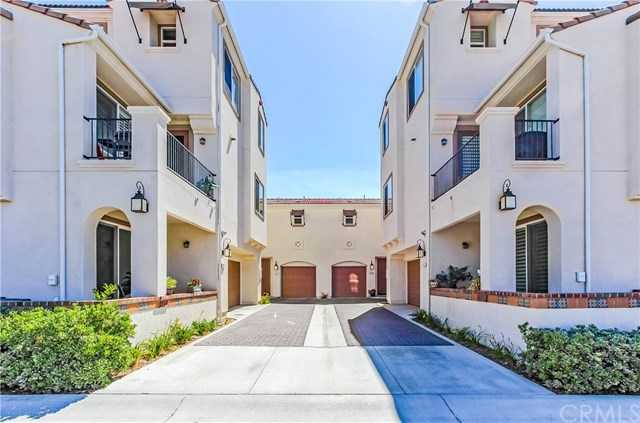 $409,900 - 3Br/3Ba -  for Sale in Temecula
