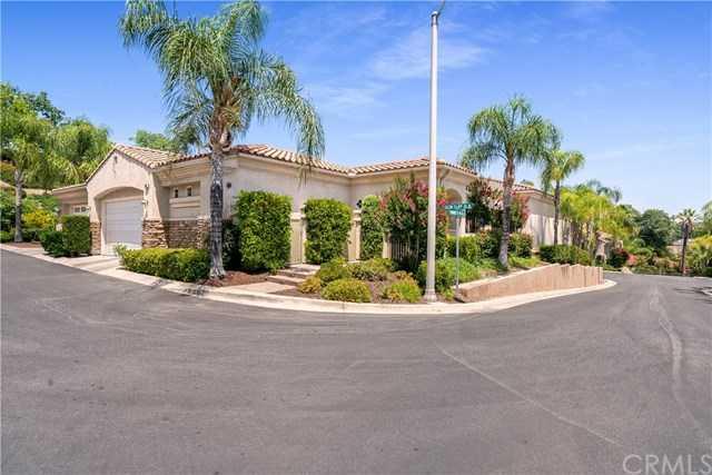$725,000 - 3Br/4Ba -  for Sale in Riverside