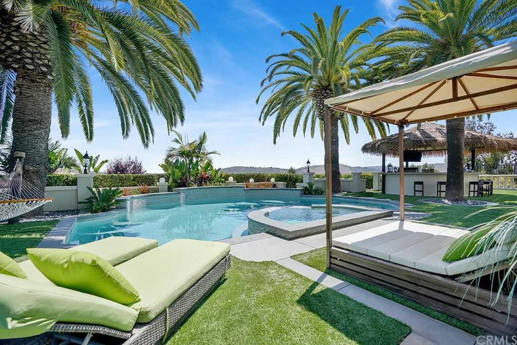 $4,888,000 - 7Br/8Ba -  for Sale in The Acreage (acr), San Juan Capistrano