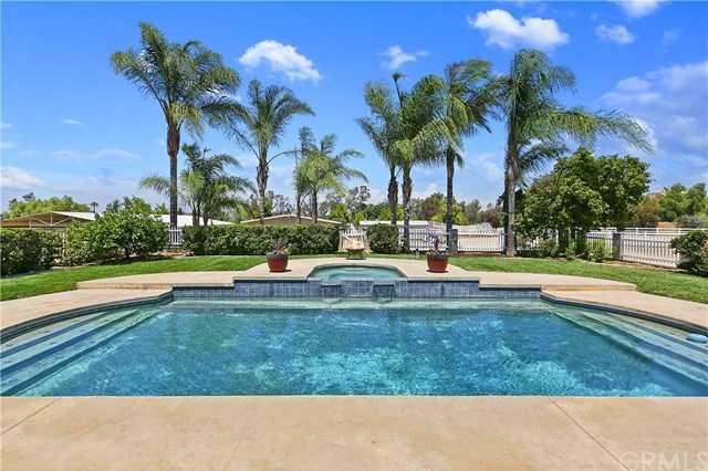 $850,000 - 4Br/4Ba -  for Sale in Riverside