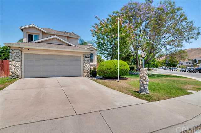 $409,900 - 3Br/3Ba -  for Sale in Fontana