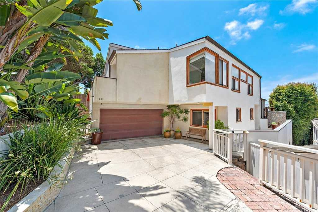 $2,100,000 - 4Br/4Ba -  for Sale in The Village (vil), Laguna Beach