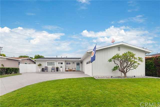 $1,749,000 - 4Br/3Ba -  for Sale in Harbor Highlands I (hh01), Newport Beach
