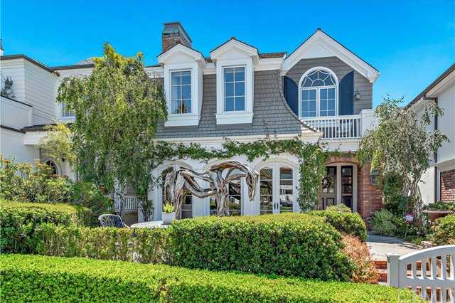 $4,699,000 - 4Br/4Ba -  for Sale in Corona Del Mar South Of Pch (cdms), Corona Del Mar