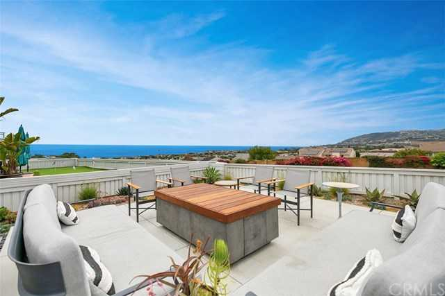 $1,998,000 - 3Br/3Ba -  for Sale in Townhomes-seaterrace (N.S.) (nst), Dana Point