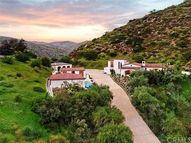 $7,995,000 - 4Br/6Ba -  for Sale in Canyon (cyn), Laguna Beach