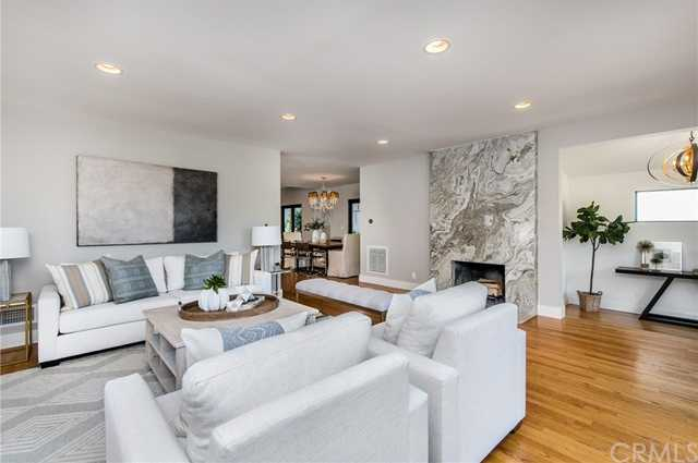 $2,595,000 - 4Br/3Ba -  for Sale in Manhattan Beach