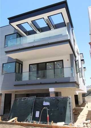 $2,995,000 - 4Br/4Ba -  for Sale in Hermosa Beach
