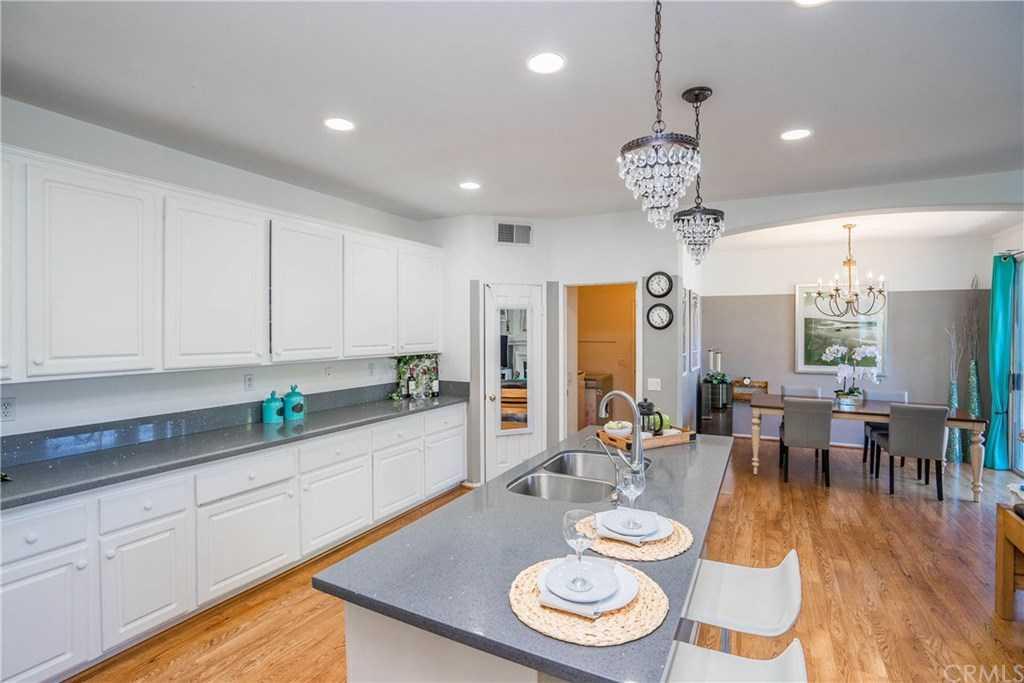 $1,029,000 - 4Br/3Ba -  for Sale in Evergreen (evrg), Irvine